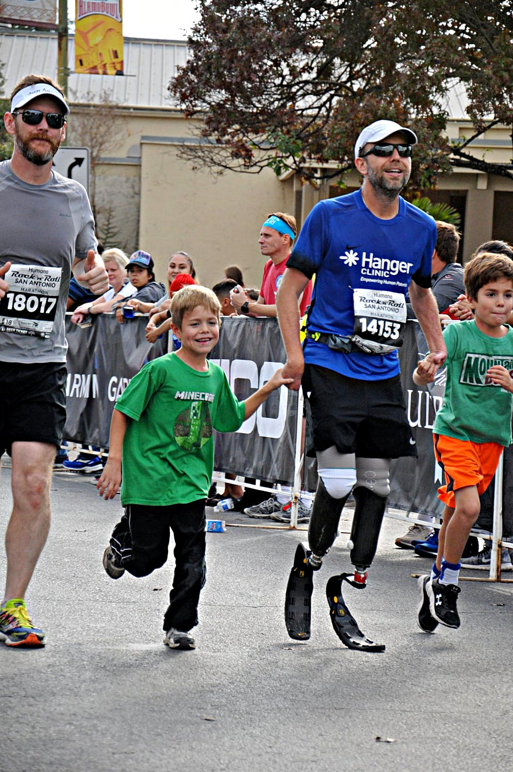 ian warshak running with sons